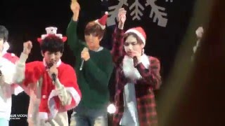 151220 SM ROOKIES SHOW / JINGLE BELL ROCK (TAEYONG FOCUS) from. BLUE MOON Do not make any gif files without permission. Do not re-upload ...