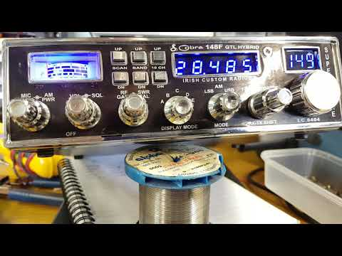 HB9IIY and EI7KO/QRP on a modified CB with a car magmount (видео)