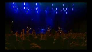 14. Alter Bridge - Open Your Eyes LIVE
