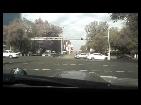 Авария в г Алматы