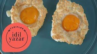 Farklı kahvaltılık alternatifi arayanlar için Bulut Yumurta tarifi.Malzemeler:2 adet Yumurta1 çay kaşığı Parmesan PeyniriTuzEğer bu tarifimi yaparsanız ve resimlerini çekip #idiltatari hashtag'i ile paylaşırsanız çok mutlu olurum.Videolarımda yaptığım yemeklerin malzeme listelerini ve yazılı tariflerini web sitemde bulabilirsiniz:http://www.idiltatari.comBeni takip edin:Instagram:   http://instagram.com/idiltatariFacebook:   http://www.facebook.com/idiltatariTwitter:        https://twitter.com/idiltatariKanalıma buradan abone olabilirsiniz: http://bit.ly/1FgLura