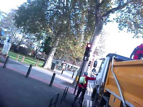 London cyclist records near-misses with lorries (video)