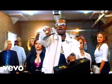Juicy J Ft. Wiz Khalifa & TM88  - Bossed Up