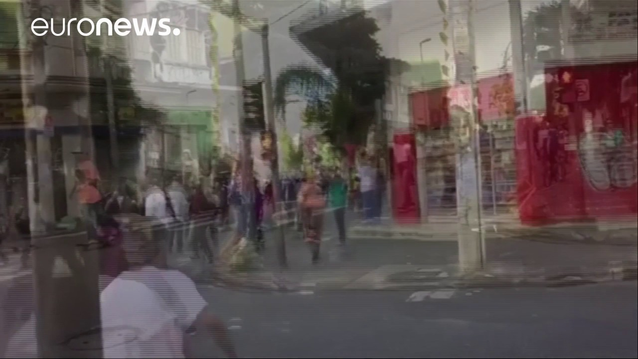 Βιντεο σοκ: Αυτοκίνητο πάτησε δεκάδες σκέιτερς