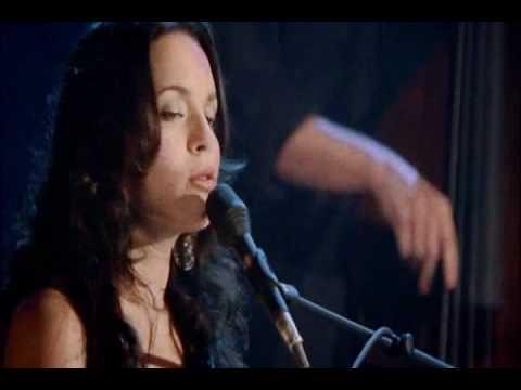 Tekst piosenki Norah Jones - Moon Song po polsku