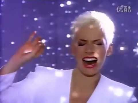 Tekst piosenki Annie Lennox - Put A Little Love In Your Heart  po polsku