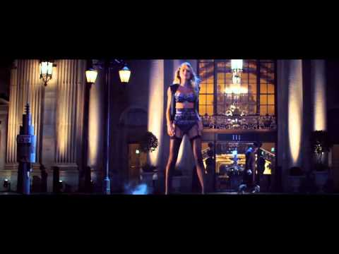 Victoria's Secret Holiday Commercial 2014-What Angels Want