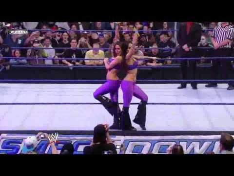 Smackdown 09/01/23 The Bella Twins Vs Michelle & Natalya
