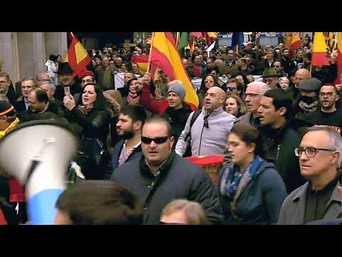 Spanien: FEMEN stürmen Franco-Gedenkveranstaltung