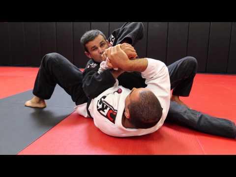Jiu Jitsu Techniques – Submissions From Side Control (Wrist Lock + Lapel Choke)