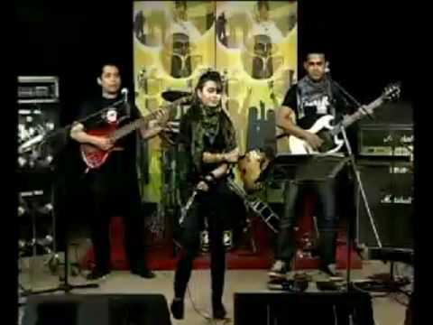 Bangladeshi Sexy Singer Akhi Alomgir - YouTube