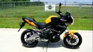6. Overview and Review: 2012 Kawasaki Versys 650 Black Yellow