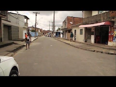 Rui Palmeira entrega pavimentação de ruas no Tabuleiro