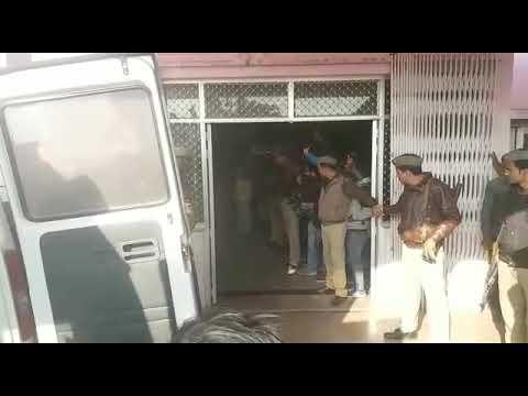 देखें ताजा वीडियो: भारी सुरक्षा के बीच एम्बुलेंस से लखनऊ रेफर हुए मोख्तार