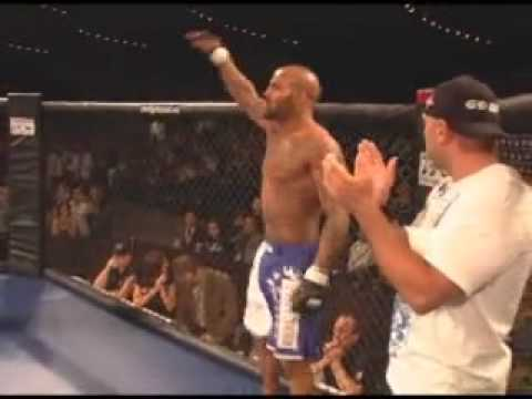 Ryan Ford vs Dave Mazany at TFC 7 May 30 2009