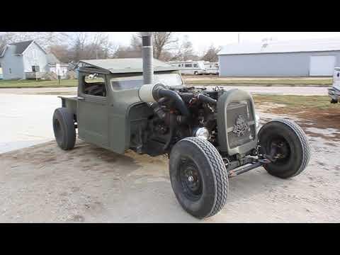 Diesel rat rod truck