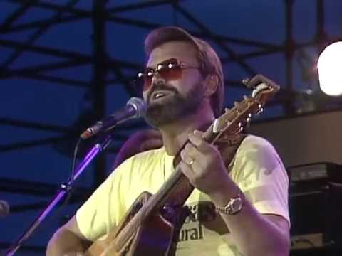 Glen Campbell - Southern Nights (Live at Farm Aid 1985) (видео)