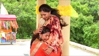 In the upcoming episodes of Udaan, we will see that both the sisters Chakor and Imli have forgiven each other and have reunited on a happy note.Subscribe To Telly Firki:►http://goo.gl/NnCnn4