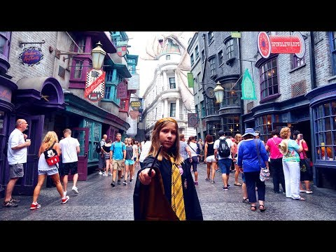 FIRST Wizarding World of Harry Potter Experience | Wand Choosing | House Robe | Hogwarts