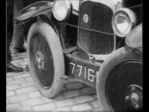 Tämä keksintö ratkaisi taskuparkkeerauksen ongelman jo 1927