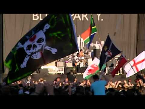 Bloc Party - Banquet [Live At Reading 2007] HD