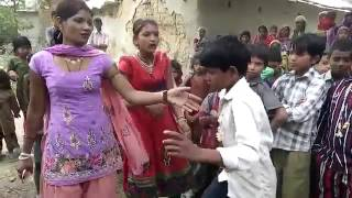 Hot bhojpuri song dance desi girl