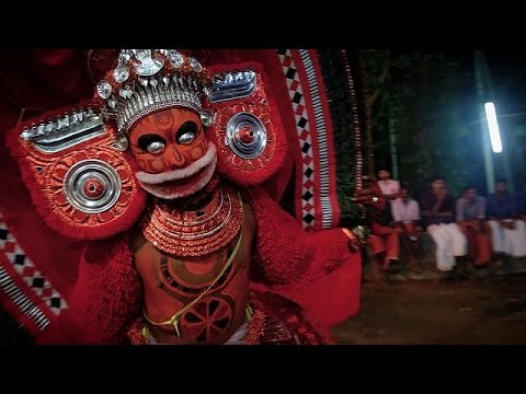 Κεράλα: Οι χοροί Τεγιάμ και οι λατρευτικές παραδόσεις χιλιάδων ετών