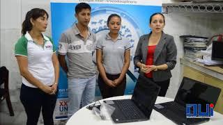 Entrega de computadoras personales a ganadores de Est. de la UAGRM