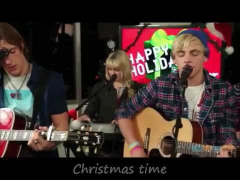 R5 - Christmas is Coming (Acoustic) with Lyrics