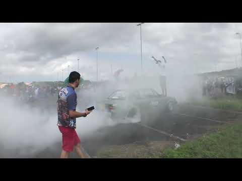 World Car Fest 2 2k18 / PAREDÃO / CARRO REBAIXADO / MANOBRAS (видео)