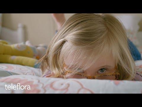 Veure vídeoCara & Mia
