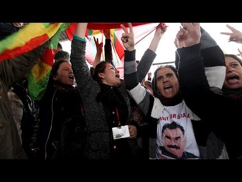 Συρία: Διαδηλώσεις συμπαράστασης στο ΠΚΚ