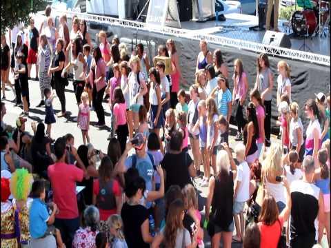 Groovit 2013 Flash Mob