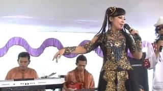 Dewi Azkiya - Bajidor Sohor ( Live ) Video