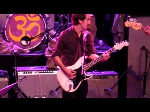 Harrison - Dhani Harrison performs The Beatles'