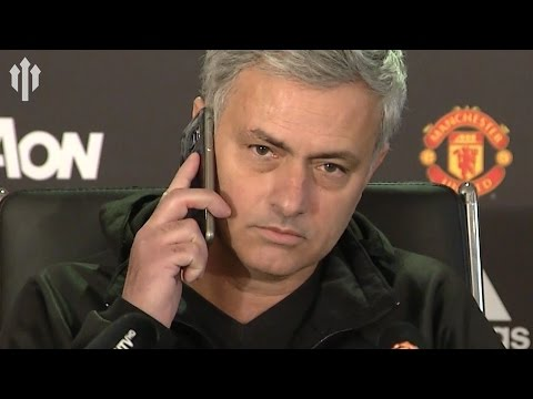 Jose Mourinho: ANSWERS PHONE IN PRESS CONFERENCE! Manchester United Vs Liverpool
