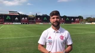Diego, meia do Flamengo, grava vídeo de agradecimento para a torcida do Flamengo, departamento médico e todos que ajudaram em sua recuperação.