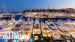 Video Life and death on billionaires' superyachts MP3, 3GP, MP4, WEBM, AVI, FLV Juli 2018