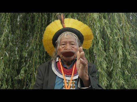 Video - Αρχηγός Ινδιάνων κατηγορεί Μπολσονάρου: Κατέστρεψε τον Αμαζόνιο, θέλει να μας αποτελειώσει