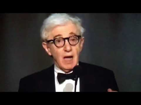 Woody Allen presented Diane Keaton w. the AFI award