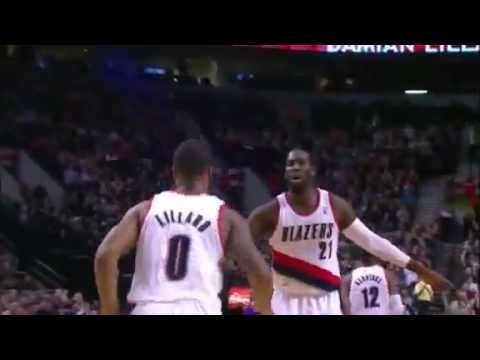 Damian Lillard dunks on the Kings twice