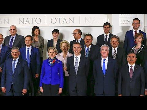 ΝΑΤΟ: Διχασμένα τα κράτη μέλη για ανάμειξη στον έλεγχο των προσφυγικών ροών