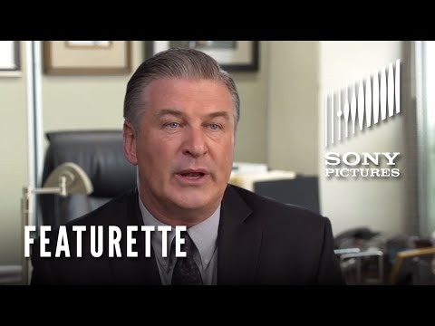 Concussion (2015) (Featurette 'The Thrill of the Truth')