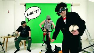 Video Čůrám si na zeď - Lumír Outrata a jeho doprovodná kapela Lumíra