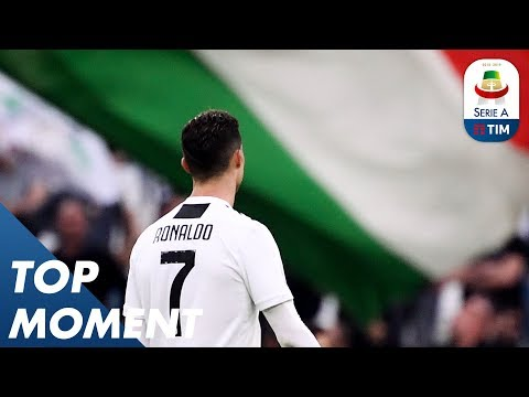 Foam Goes Everywhere as Juve Win the League Again! | Juventus 2-1 Fiorentina | Top Moment | Serie A