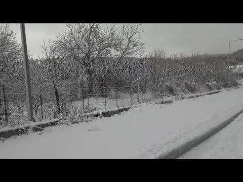 Σε κλοιό κακοκαιρίας με χιόνια και μποφόρ η χώρα