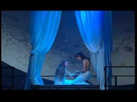 Tekst piosenki Romeo et Juliette - Le chant de l'alouette po polsku