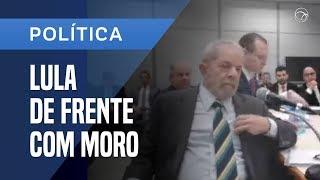 Nesta quarta-feira (10), o ex-presidente Luiz Inácio Lula da Silva (PT) depôs pela primeira vez desde que começou a ser investigado no âmbito da operação Lava Jato. O depoimento para o juiz federal Sergio Moro aconteceu no prédio da Justiça Federal, em Curitiba.