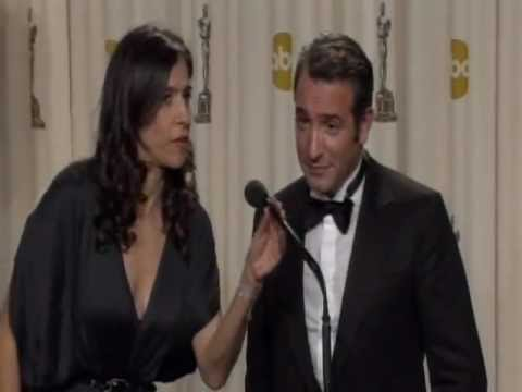 Oscars 2012: The Artist Producer and Jean Dujardin Backstage Interview [HD]