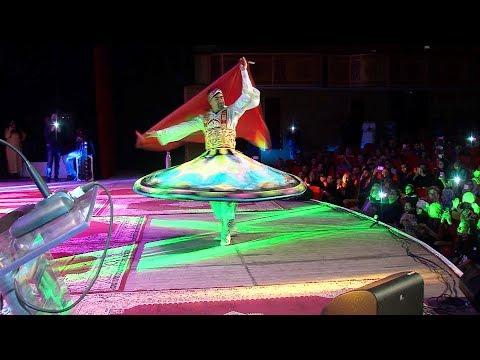 """عرض كوريغرافي يقدم رقصة """"التنورة"""" الصوفية بوجدة"""